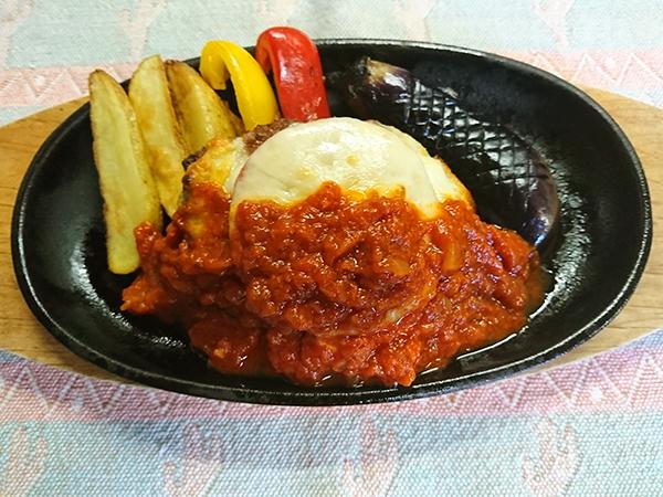 トマトのチーズ焼仕立て トマトソース