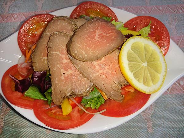 ローストビーフサラダ